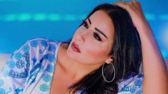 شاهد بالصور: سمية الخشاب ترد على خبر انفصالها عن زوجها أحمد سعد