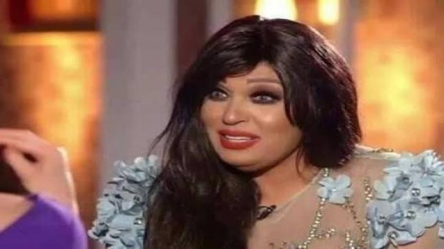 """فيفي عبده تفاجئ جمهورها وتخوض السباق الرمضاني بمسلسل """"ياسمينا"""" مع حورية فرغلي"""