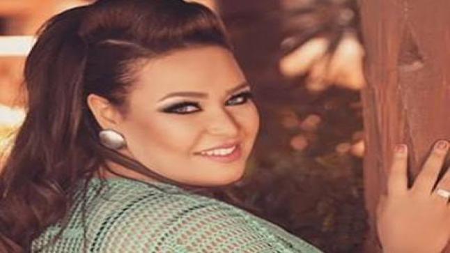 نجمة مسرح مصر ويزو تجهز لاستقبال طفلها الأول