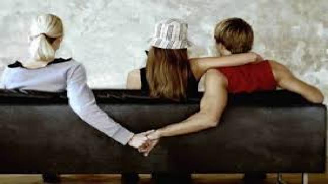 تفسير حلم خيانة الزوج لزوجته في المنام لابن سيرين وعلماء النفس