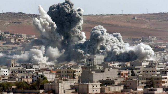بينهم عراقيين وأفغان.. مقتل 14 شخص بقصف صاروخي بدير الزور
