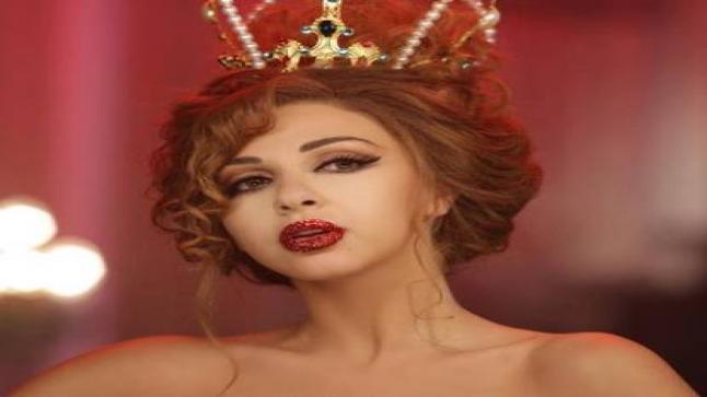 ميريام فارس وفستانها الأحمر بتصميمه الملكي الذي أثار ضجة كبيرة فما هو سعره؟