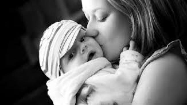 تفسير حلم رؤية الأم في المنام لابن سيرين