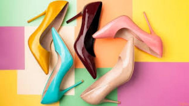 تفسير حلم الحذاء في المنام للعزباء والمتزوجة والحامل